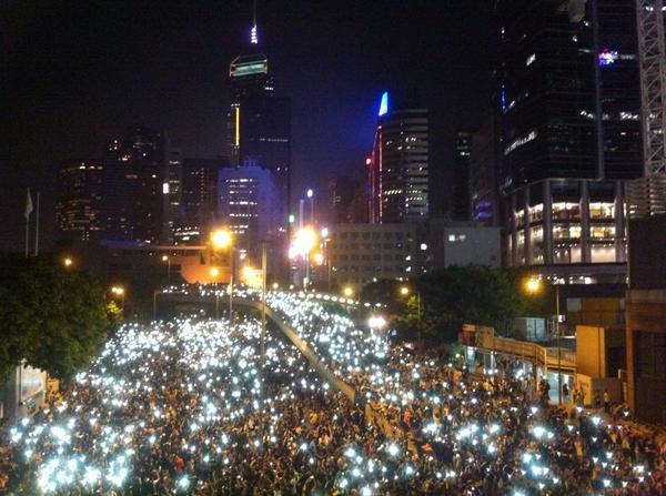 中国政府の「悪手」が招いた香港・雨傘革命