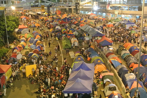 香港・雨傘革命はなぜ失敗したのか? 理性的・自発的運動とその弊害