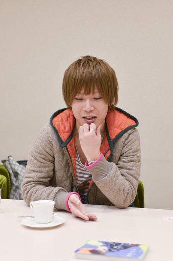 ニコニコ動画出身の大人気アーティスト・koma'nの素顔に、写真家・青山裕企が迫る!